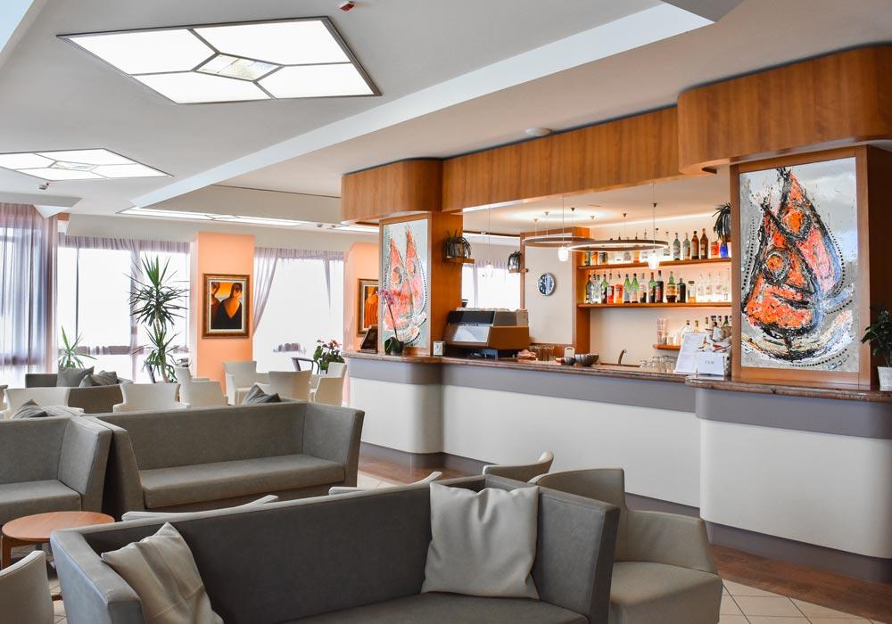 bar hotel universal bellaria